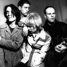 radiohead<3 jonny looks absolutely insane, I love it.