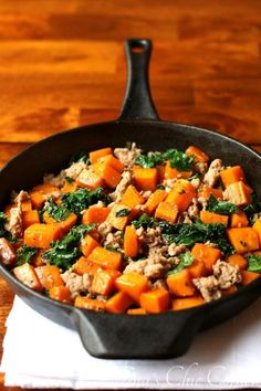 Butternut Squash, Kale, and Sausage (healthy, gluten-free and made in less than 30 minutes!) - www.tinaschic.com
