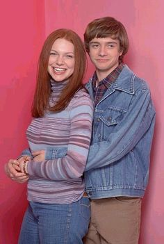 Topher Grace & Laura Prepon as Eric and Donna