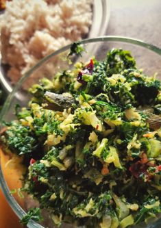 Kale Stir-Fry - Sri Lankan Cooking with Coconuts – Berrychik Budget Family Meals, Family Meal Planning, Healthy Breakfast Snacks, Healthy Dinner Recipes, Asian Recipes, New Recipes, Kale Stir Fry, Fried Kale, Coconut Recipes