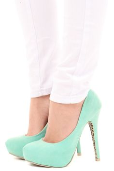 Mint suede pumps...soooo in love! Must have once they have my size back in stock!! ~ Lime Lush Boutique; $49.99