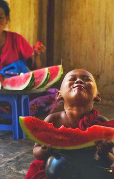 La vie est belle ……Life is beautiful:):)...who DOESN'T love watermelon!!