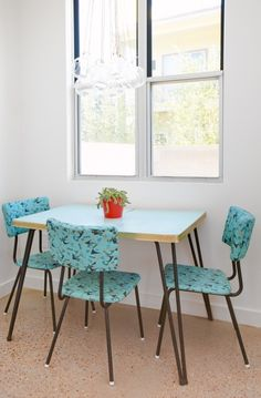 1950s vintage dining room set, too cool. #modern #austin #kitchen