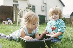 Mustard Yellow Photography | Family photos playing in the garden