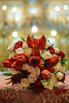 © Cristi Vescan Wedding Ideas, Table Decorations, Plants, Furniture, Home Decor, Decoration Home, Room Decor, Home Furnishings, Plant