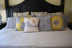Eye For Design: Decorating With The Grey and Yellow Color Combination