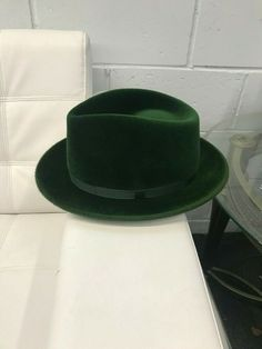 Luxurious velour with scratch finish that shines and picks up the light. Leather sweat band and satin lining. Straw Fedora, Fedora Hat, Green Hats, Grosgrain, Felt, Queen, Leather, Dress, Ebay