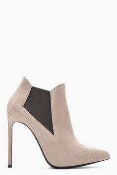 a15f2e80be208 Yves Saint Laurent Dream Shoes, Crazy Shoes, Me Too Shoes, Shoe Gallery,