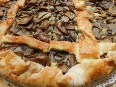 Torta salata di funghi #ricettedisardegna #cucina #sarda #sardinia #recipe Beignets, Restaurant Recipes, Cheesesteak, Apple Pie, Waffles, Bacon, Cooking, Breakfast, Ethnic Recipes