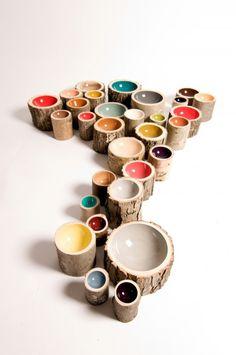 Hermosos Cuencos de Colores Elaborados con Troncos de Diferentes Árboles