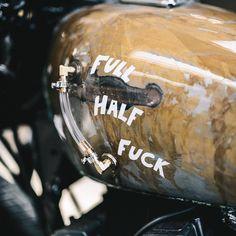 Put & # Fill up & # anstelle von Fűčk - motorfietsen - Motorrad Kawasaki Z650, Kawasaki Cafe Racer, Vintage Motorcycles, Harley Davidson Motorcycles, Custom Motorcycles, Retro Bikes, Custom Moped, Custom Bikes, Yamaha 535 Virago