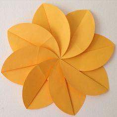 """""""I've been folding circles #origami #flower #itsbiggerthanmyface"""" Photo taken by @zbheadless on Instagram, pinned via the InstaPin iOS App! http://www.instapinapp.com (01/26/2015)"""