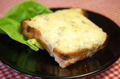 Waan je in een Parijs Grand café met deze heerlijke lunch-hap. Nu gemakkelijk zelf te maken. De Croque monsieur is nóg lekkerder dan een tosti!