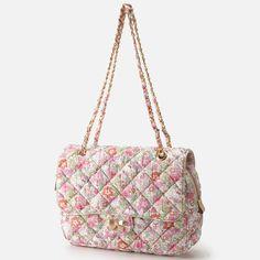 Samantha Thavasa Liberty  Kitty Quilted Chain Bag. Hello kitty