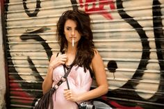 For Woody Allen decided to shoot in the city - Penelope Cruz – Maria Elena, Vicky Cristina Barcelona Vicky Cristina Barcelona, Woody Allen, Salma Hayek, Monica Bellucci, Blake Lively, Gq, Isabelle Adjani, Spanish Actress, Jeanne Damas