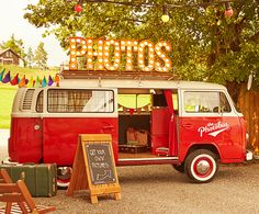 VW Bus as Photobooth Station - thePhotobus. Vw Bus, Partys, Retro, Photo Booth, Gadgets, Pictures, Events, Marketing, Chic