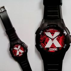 Who said the rose only for the gurls, now with our tough character this watch suitable with everyone in everywhere for your daily wear or mosh in the pit.Details:Diameter 35 mmFull Length 240 mmStainless Steel BackWater ResistantBattery Life 1-2 years*For wholesales order just contact us, SPECIAL PRICE!*If you have no PayPal, dont worry we accept Western Union. Just contact us! :)