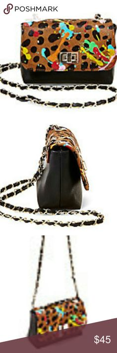 BCHAMPP cross-body from Steve Madden Body Materials: man-madeFlap Materials: real hair calfFront flap with metal closureChain crossbody strapFully lined interior with back wall zip pocket Steve Madden Bags Crossbody Bags