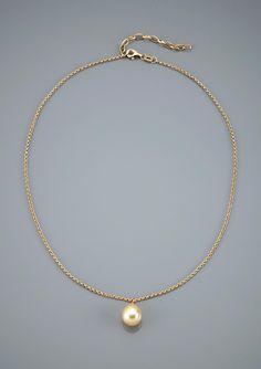 Majorica - round pearl necklace