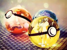 un-artiste-dresseur-de-pokemon-realise-des-illustrations-de-pokeballs-ultra-realistes5