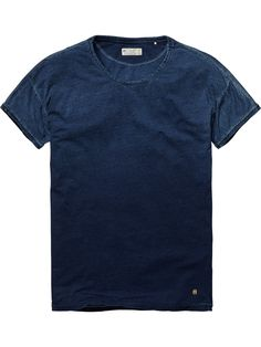 Snow-washed crew neck tee | T-shirt s/s | Men Clothing at Scotch & Soda