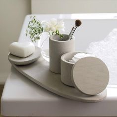 Come get inspired with these amazing luxurious bathroom accessory designs at http://www.maisonvalentina.net/