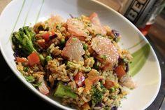 Das klingt exotisch bei Johanna: Reispfanne mit Paprika, Erbsen, Rotkohl, Brokkoli und Grapefruit!