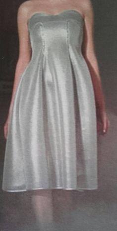 Sono felice di condividere l'ultimo arrivato nel mio negozio #etsy: Abito da sera da donna http://etsy.me/2Cz0W7h #abbigliamento #donna #vestiti #argento #anniversario #nero #ateliersvs