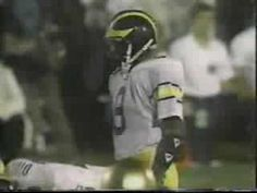 Crowd Noise disrupts 1988 ND-Michigan game - YouTube