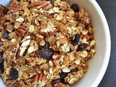 Making granola at home is easy and inexpensive. This basic cinnamon pecan granola recipe is the perfect place to start. How To Make Granola, Making Granola, Pecan Granola Recipe, Cinnamon Pecans, Breakfast Recipes, Breakfast Ideas, Healthy Snacks, Eating Healthy, Brunch