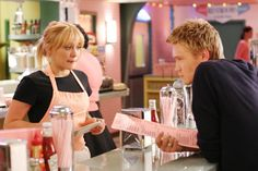 Hilary Duff and Chad Michael Murray in A Cinderella Story - 2004 Another Cinderella Story, Cinderella Story Movies, Hilary Duff Cinderella Story, Princess Movies, Teen Movies, Iconic Movies, Good Movies, Nice Movies To Watch, Pink Movies