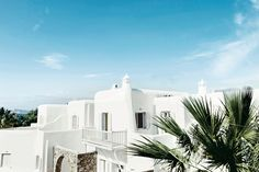 5 great hotels on the Greek Islands