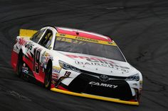 Carl Edwards wins the Coors Light Pole at New Hampshire