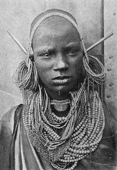Africa | Young Kikuyu woman.  Kenya | Scanned vintage postcard; published by Missions des Pères Blancs