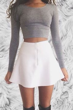 Never Failed Chic Long Sleeve ang Mini Skirt Outfits Ideas Never Failed Chic Long Sleeve ang Mini Skirt Outfits IdeasEvery women wants to look sexy when they wear their sexy mini skirt. Crop Top Outfits, Mode Outfits, Skirt Outfits, Fall Outfits, Summer Outfits, Casual Outfits, Fashion Outfits, Skirt Fashion, Summer Shorts