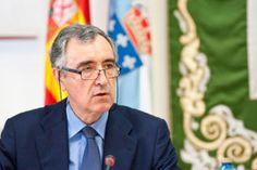 Castellano en la comisión de investigación de las cajas gallegas.