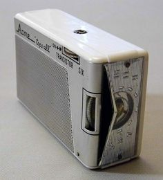 Vintage Acme Tops All 6-Transistor AM Radio, Model CH-610, Imported by Chase Products Corp., New York 1, N.Y., Circa 1962.