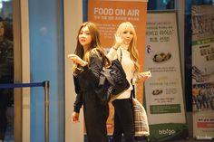 [16.03.10] 엠카운트다운 퇴근길 - 포텐 4TEN Yun 윤 & Hyeji 혜지