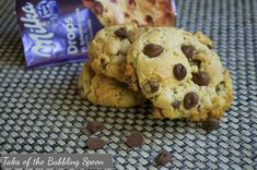 Tales of a Babbling Spoon: Milka chocolate chip cookies
