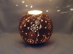 Photophore gourd PH0215N08. Diameter 15 cm. Wood wax