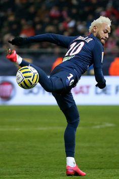 Soccer Guys, Soccer Shirts, Football Players, Soccer Memes, Sport Football, Neymar Jr Wallpapers, Paris Saint Germain Fc, Neymar Football, Sports Graphic Design
