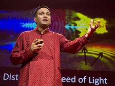 Ramesh Raskar: Imaging at a trillion frames per second. Light beam in slow motion!!!   Video on TED.com