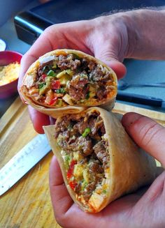 Carne Asada Burrito (Taco Shop Style) - Carne and Papas Mexican Dishes, Mexican Food Recipes, Beef Recipes, Cooking Recipes, Ethnic Recipes, Cooking Tips, Mexican Desserts, Mexican Cheese, Freezer Recipes