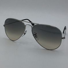 Ray Ban RB3025 003/32 Silver Aviator Frame w/ Gradient Gray Lenses