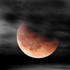 Lunar eclipse - how gorgeous.