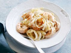 Shrimp Fettuccine Alfredo recipe from Food Network Kitchen via Food Network (Additions: start w/bacon in pan. Cook shrimp in bacon. Deglaze with white wine. Then cook sauce in pan. Shrimp Dishes, Shrimp Recipes, Pasta Dishes, Pasta Recipes, Shellfish Recipes, Casserole Recipes, Shrimp Fettuccine Alfredo, Seafood Alfredo, Shrimp Pasta
