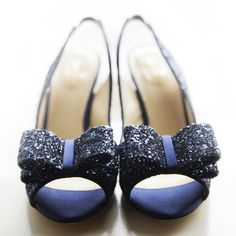 Wedding shoes blue sparkle bridal parties ideas for 2019 Navy Blue Groom, Navy Blue And Gold Wedding, Blue Flats, Blue Shoes, Blue Bridal Shoes, Heart Wedding Rings, Sparkly Shoes, Shoes Photo, Blue Sparkles