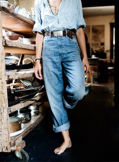 great high waisted style with light denim and double turn-ups - 2 thumbs up!