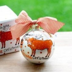 Any fan will love this Texas We Wish You Ornament. Personalize it with a name and date for a special holiday keepsake. All collegiate ornaments come boxed and tied with a coordinating ribbon making them the perfect gift for anyone.
