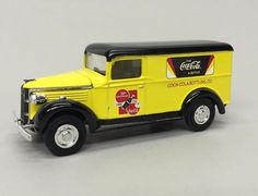 1996 Matchbox Coca Cola 1937 GMC Delivery Truck YYM92014 COA & Original Box